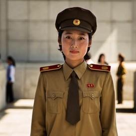 Không chỉ có Kim Jong Un, Bắc Hàn cũng có phụ nữ đẹp!
