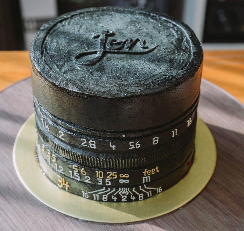 Chiếc bánh sinh nhật dành cho Leica Men! | 50mm Vietnam