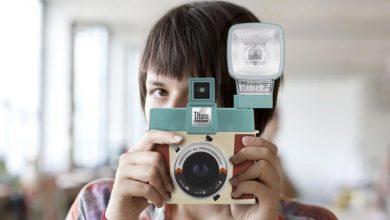 Diana Instant Square: máy ảnh Instax đầu tiên có thể thay ống kính và chân flash Hot-shoe | 50mm Vietnam