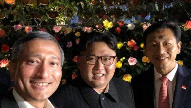 """Cú """"tự sướng"""" đầu tiên của Nhà lãnh đạo Triều Tiên Kim Jong-un   50mm Vietnam"""