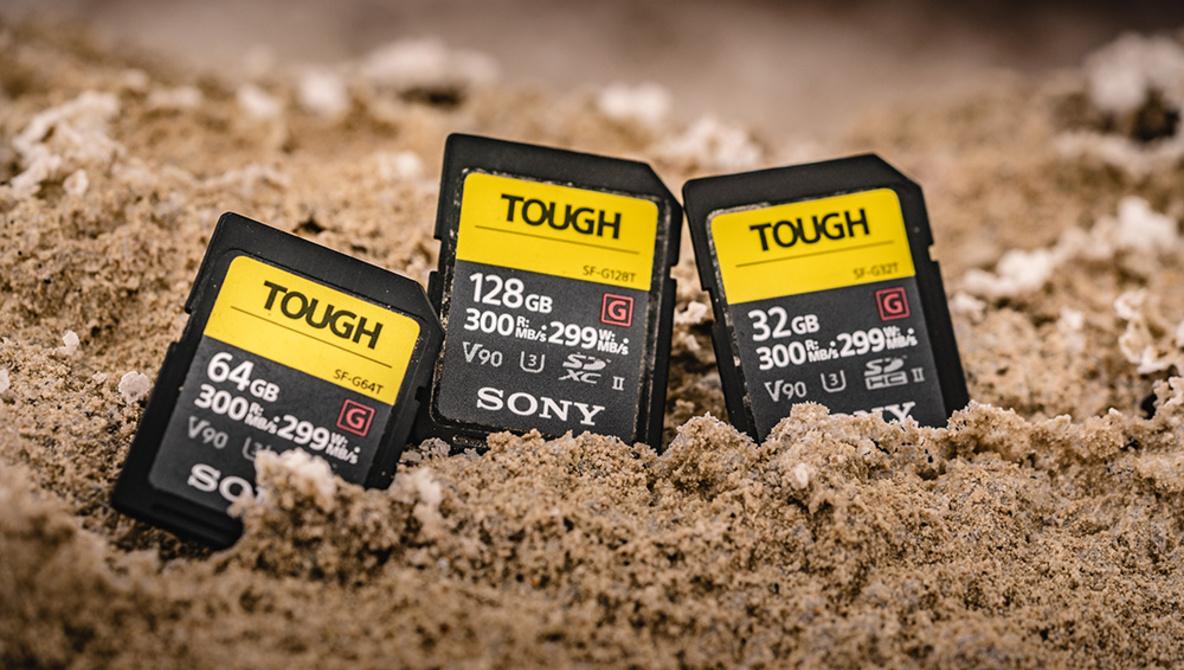 """Thử nghiệm """"tra tấn"""" thẻ nhớ Sony TOUGH và kết quả đáng kinh ngạc   50mm Vietnam"""
