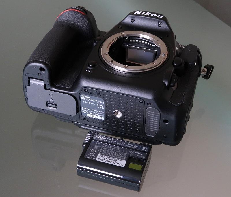 B&H phát tin thu hồi pin Nikon do nghi ngờ hàng giả | 50mm Vietnam