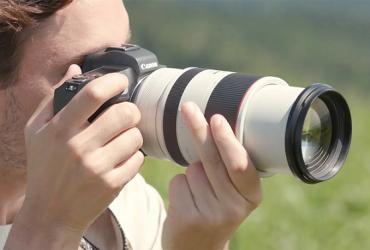 Canon RF 70-200mm f/2.8L: Nỗi thất vọng khi không có thiết kế zoom trong   50mm Vietnam