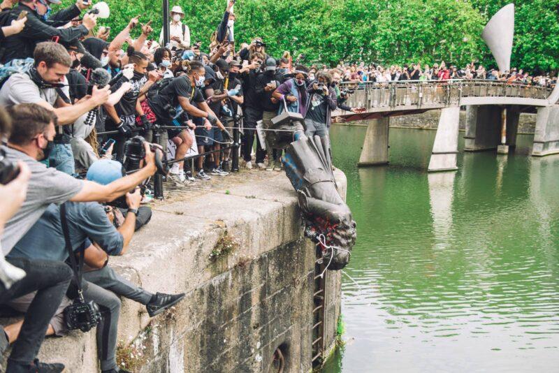 The most powerful photos 2020 - Những bức ảnh ảnh hưởng mạnh mẽ nhất năm 2020 | 50mm Vietnam
