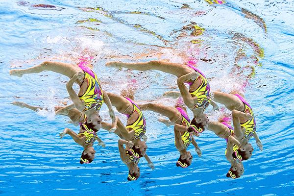 team-artistic-swimming